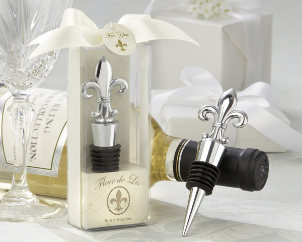 <center>&quot;Fleur-de-Lis&quot; Elegant Chrome Bottle Stopper </center>