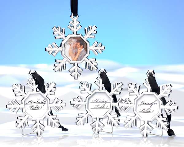 <center>Snowflake Place Card Holder/Ornament (Set of 4)</center>