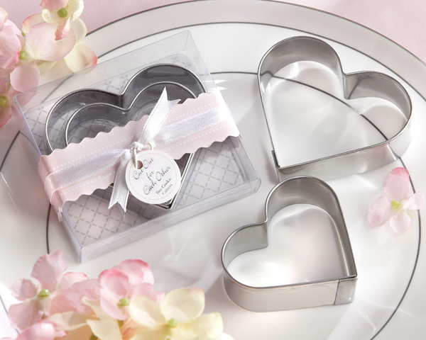 <center>�Cut Out for Each Other� Heart Cookie Cutters </center>