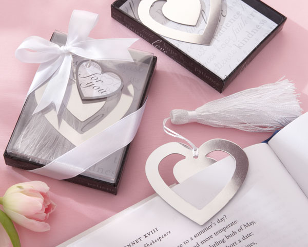 <center>&quot;Love Story&quot; Silver-Finish Heart-Shaped Bookmark</center>