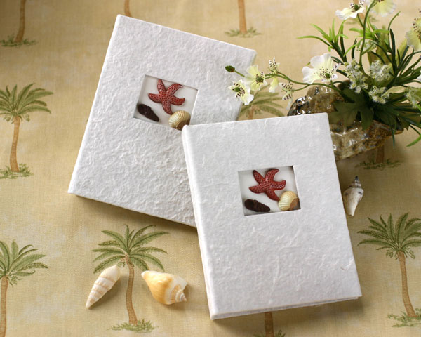 <center>&quot;Beach Memories&quot; Guest Photo Album Favors</center>
