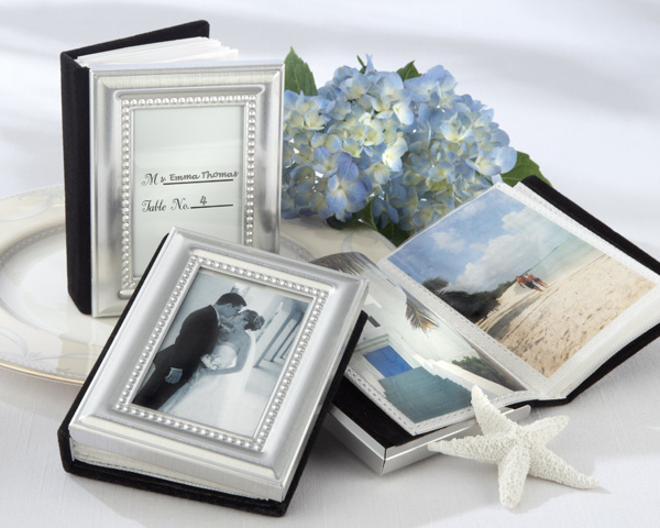 <center>Place Card Holder / Mini Photo Album</center>