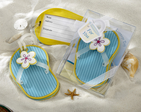 <center>Flip-Flop Luggage Tag in Beach-Themed Gift Box </center>
