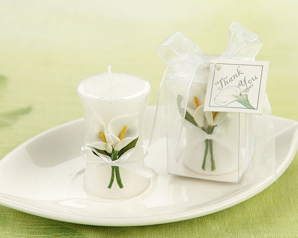<center>'Calla Lily Elegance' Vase Shaped Candle </center>